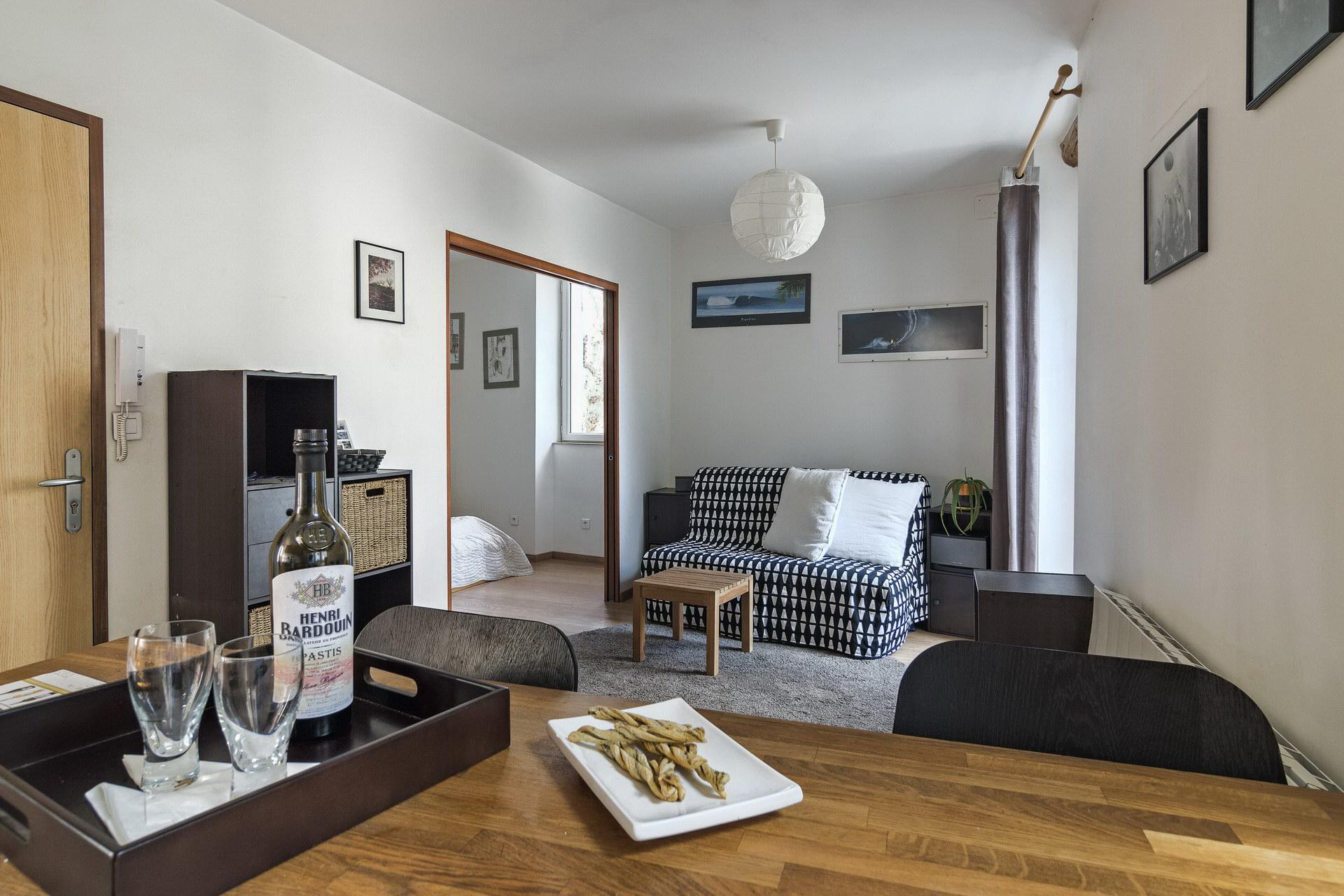 appartement de charme en location à Forcalquier 2 personnes grande pièce à vivre